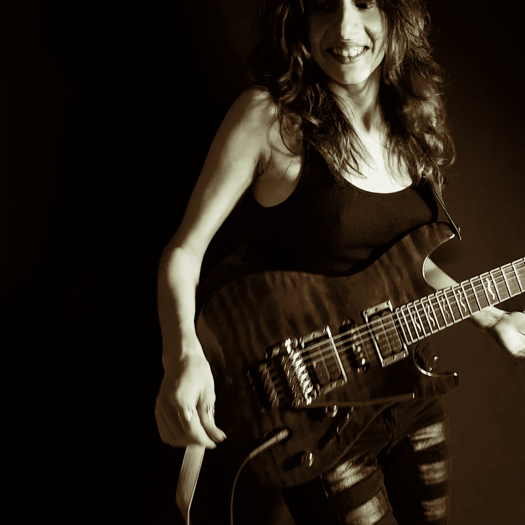 Oh, Guitar Press Photo