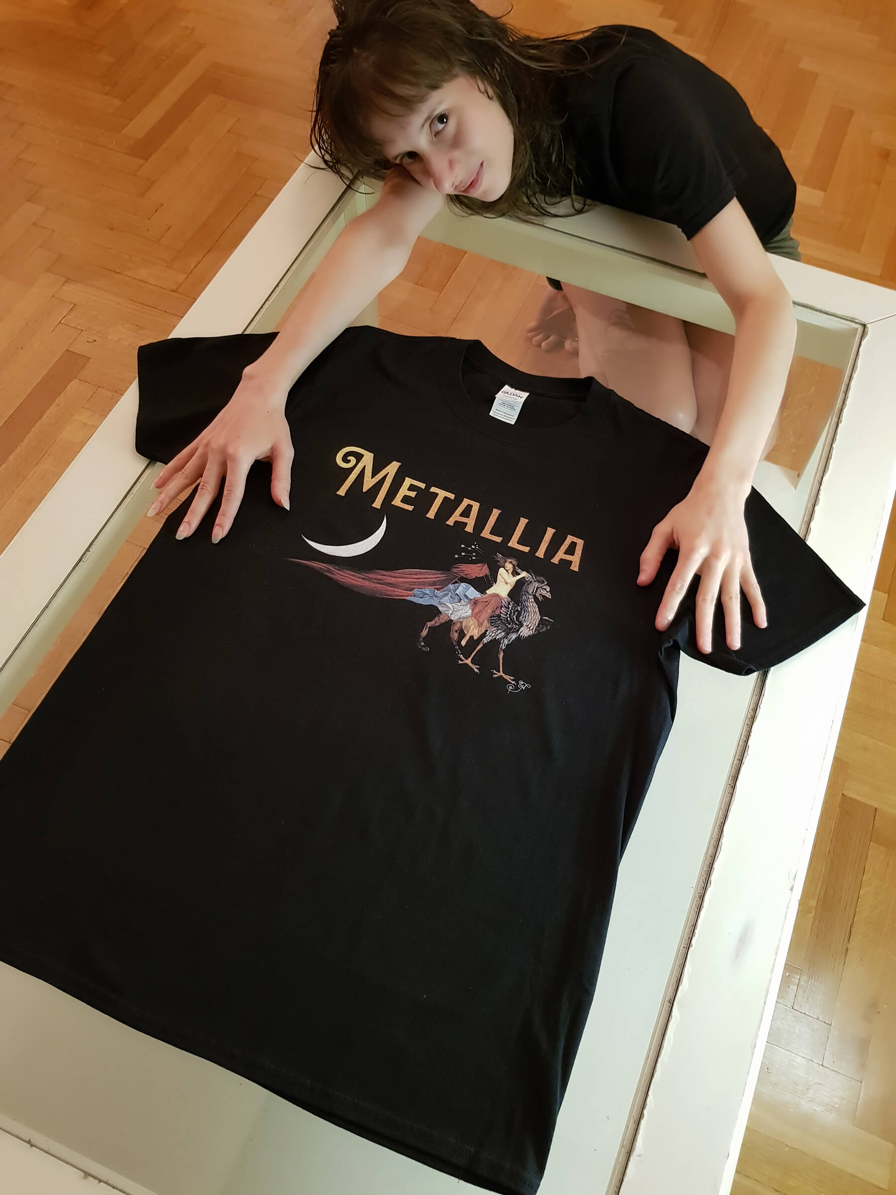 Metallia Griffin T-Shirt