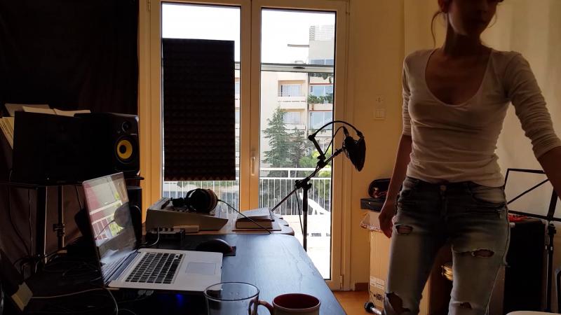In the SIn the Studio - Oh. aka Olivia Hadjiioannou - Multi-instrumentalist tudio - Oh. aka Olivia Hadjiioannou - Multi-instrumentalist